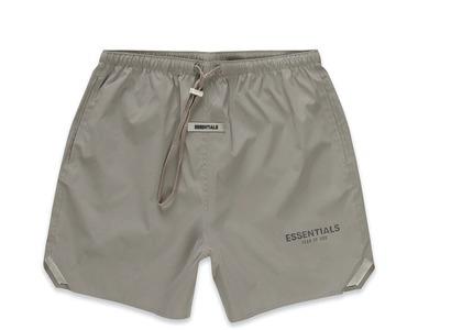 ESSENTIALS Volley Shorts Cementの写真