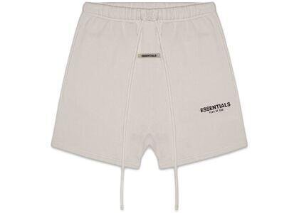 ESSENTIALS Fleece Shorts Tanの写真