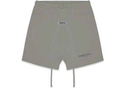 ESSENTIALS Fleece Shorts Cementの写真