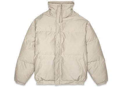 ESSENTIALS Puffer Jacket Olive/Khakiの写真