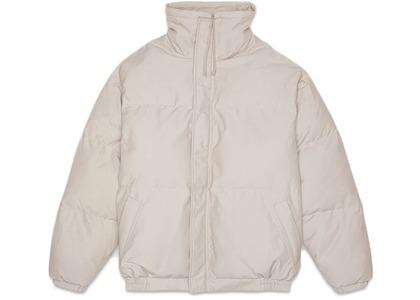 ESSENTIALS Puffer Jacket Mossの写真