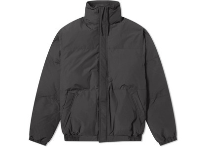 ESSENTIALS Puffer Jacket Blackの写真