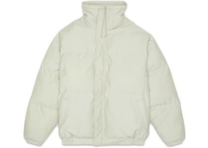 ESSENTIALS Puffer Jacket Alfalfa Sageの写真