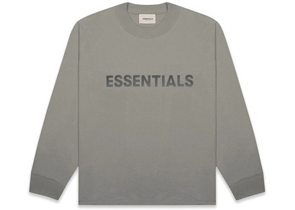 ESSENTIALS Boxy Long Sleeve T-Shirt Applique Logo Cementの写真