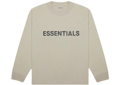 ESSENTIALS 3D Silicon Applique Boxy Long Sleeve T-Shirt Stringの写真