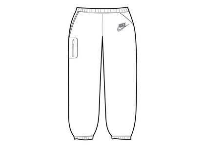 Supreme Nike Cargo Sweatpant White (SS21)の写真