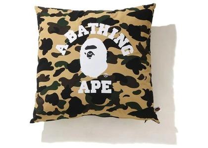Bape 1st Camo College Square Cushion Yellow (SS21)の写真