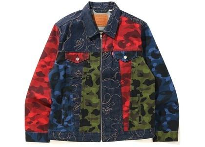 Bape x Levi's Camo Trucker Jacket Multicolor (SS21)の写真