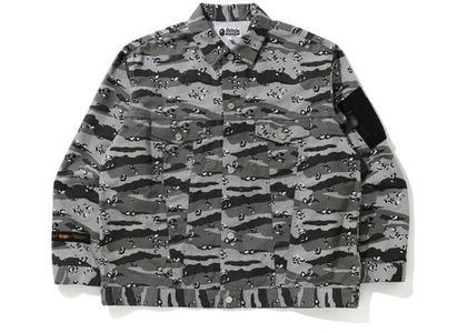 Bape Desert Camo Loose Fit Trucker Jacket Black (SS21)の写真