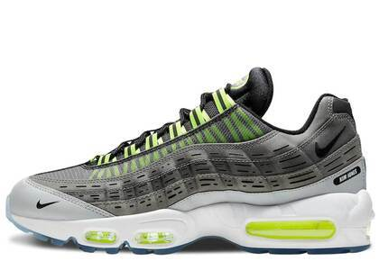 Kim Jones × Nike Air Max 95 Voltの写真