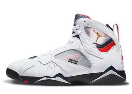 Nike Air Jordan 7 PSGの写真