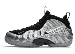 Nike Air Foamposite Pro Silver Surferの写真