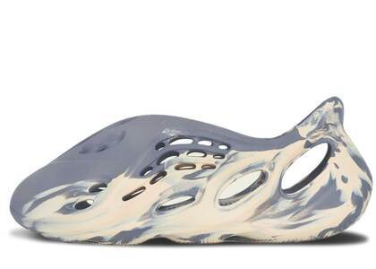 Adidas Yeezy Foam Runner Mx Moon Grayの写真