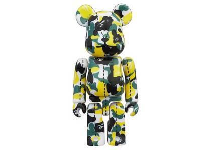 A Bathing Ape × Be@rbrick 28TH Anniversary Bape Camo #1 Yellow 100%の写真