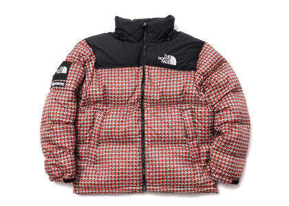 Supreme The North Face Studded Nuptse Jacket Red (SS21)の写真