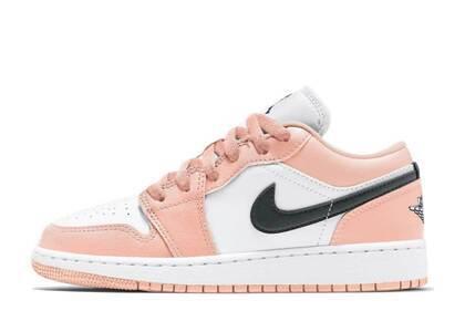 Nike Air Jordan 1 Low Light Arctic Pink GSの写真