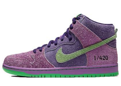 Nike SB Dunk High 420 Reverse Skunkの写真