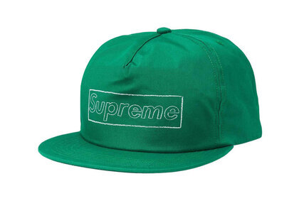 Supreme KAWS Chalk Logo 5-Panel Green (SS21)の写真