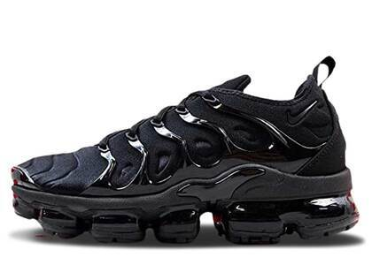 Nike Air VaporMax Plus Triple Blackの写真
