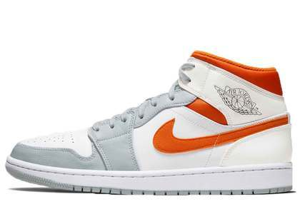 Nike Air Jordan 1 Mid Starfishの写真