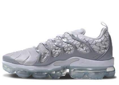 Nike Air VaporMax Plus Silver Whiteの写真