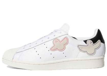 Mark Gonzales × Adidas Skatabording Superstar Whiteの写真