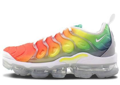 Nike Air VaporMax Plus Rainbowの写真