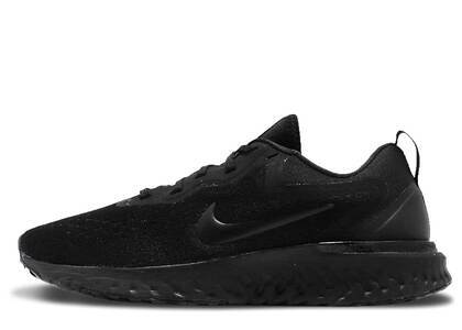 Nike Odyssey React Triple Black Womensの写真