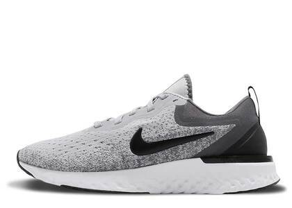 Nike Odyssey React Wolf Grey Black Womensの写真