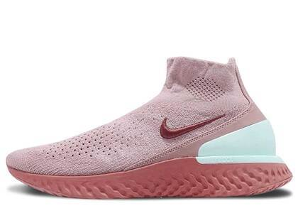 Nike Rise React Flyknit Diffused Taupe Womensの写真