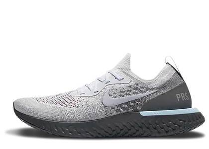 Nike Epic React Flyknit Parisの写真