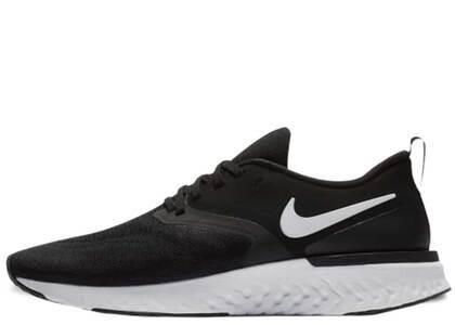Nike Odyssey React 2 Flyknit Black Whiteの写真
