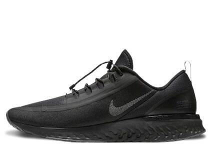 Nike Odyssey React Shield Triple Blackの写真