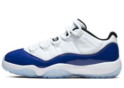 Nike Air Jordan 11 Low White Concord Womensの写真