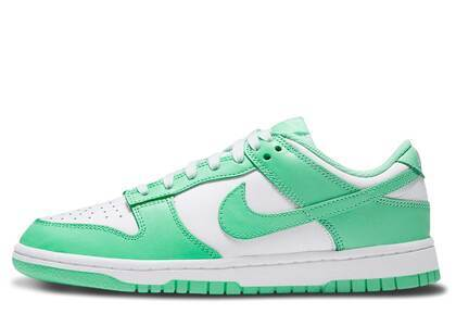 Nike Dunk Low Green Glow Womensの写真