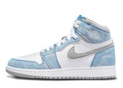 Nike Air Jordan 1 Retro High OG Hyper Royal GSの写真