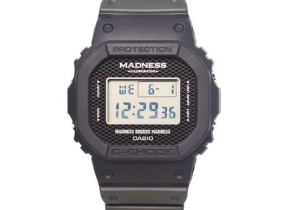 Casio G-Shock Madness Limited Edition DW5000MD-1 - 44mm in Resin の写真