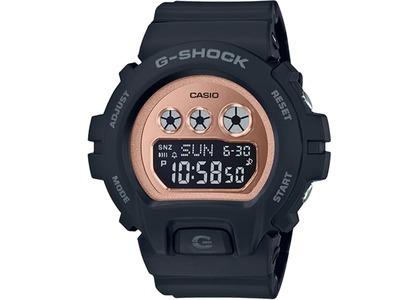 Casio G-Shock GMDS6900MC-1 - 46mm in Resin の写真