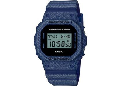 Casio G-Shock Denim Series DW5600DE-2 - 49mm in Resin の写真