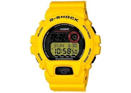 Casio G-Shock GD-X6930E-9 - 54mm in Resin の写真
