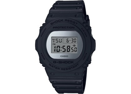 Casio G-Shock DW5700BBMA-1 - 43mm in Resin の写真