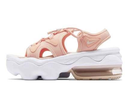 Nike Air Max Koko Sandal Coral (Womens)の写真