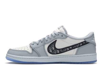 Dior × Nike Air Jordan 1 Low OGの写真