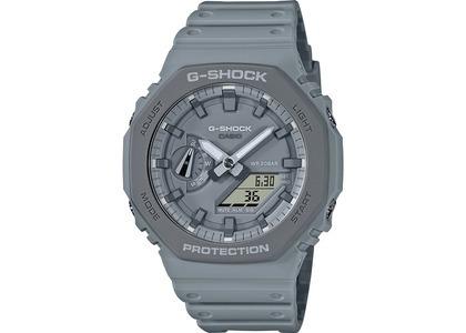 Casio G-Shock GA2110ET-8A - 45mm in Resinの写真