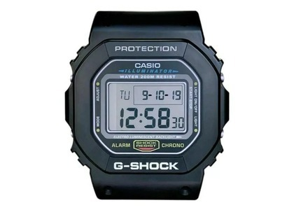 Casio G-Shock Wall Clock DW6500 - 12.5 x 11 IN in Resinの写真