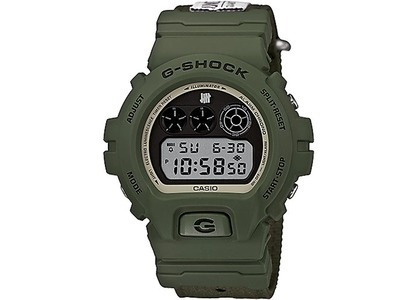 Undefeated x Casio G-Shock Limited Edition DW6901UD-3 - 54mm in Resinの写真