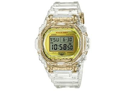 Casio G-Shock Glacier Gold DW5735E-7 - 44mm in Siliconeの写真