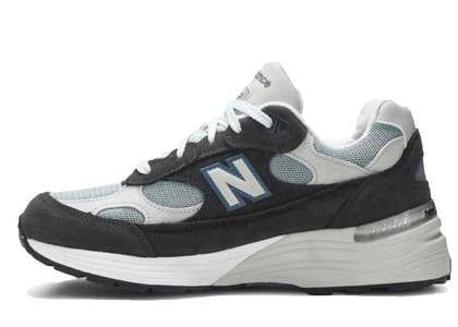 Kith × New Balance M992 Steel Blueの写真