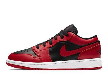 Nike Air Jordan 1 Low Varsity Red (GS)の写真