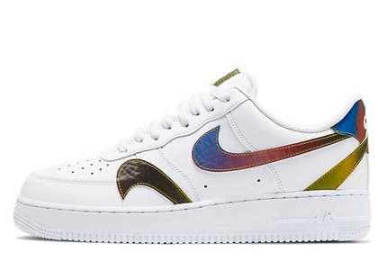 Nike Air Force 1 07 LV8 White Multiの写真